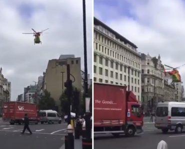 Ágil Piloto Aterra Helicóptero-Ambulância No Centro De Londres Em Hora De Ponta 3