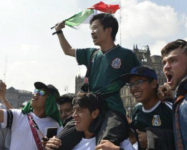 Adeptos Mexicanos Levaram Sul-Coreanos Em Ombros Após Vitória Sobre a Alemanha 4