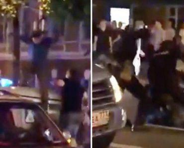 """Agentes Russos Dão """"Simpática"""" Explicação a Adepto Que Decidiu Comemorar Aos Saltos Em Cima De Carro Policial 8"""
