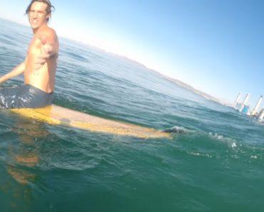 Ao Ver As Imagens Do Seu Belo Dia De Surf, Jovem Percebe Que Teve o Seu Grande Dia De Sorte 4