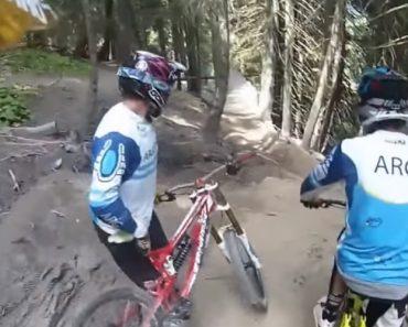 Curva Surpresa Em Pista De Downhill Cria Situação Caricata 7