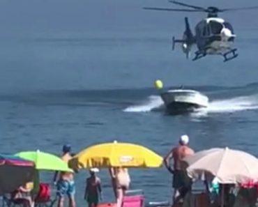 Banhistas Assistem a Perseguição Policial Envolvendo Um Helicóptero e Uma Lancha 7