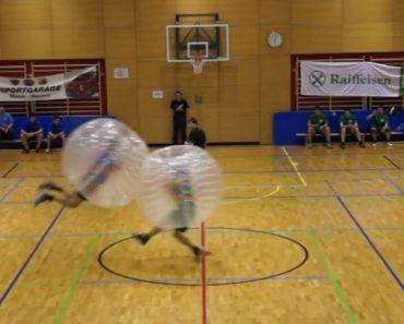 Conhece o Soccer Bubble? O Jogo De Futebol Mais Hilariante Alguma Vez Inventado 4