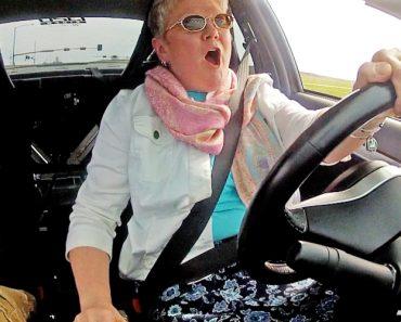 Filho Põe Mãe a Conduzir Mitsubishi Com 900 Cavalos 2