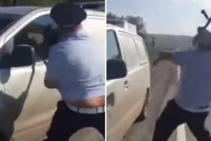 Polícia Fica Sem Saber o Que Fazer Para Conseguir Partir Vidro De Veículo 10