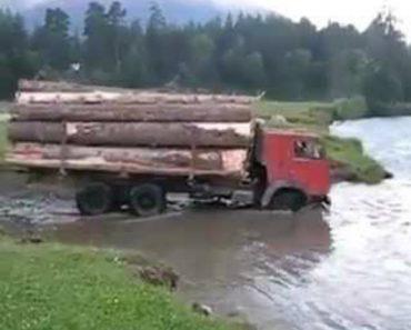 Condutor De Camião Não Precisa De Ponte Para Atravessar o Rio 7