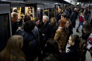 Metro De Viena Distribui Desodorizante Gratuito Aos Passageiros 8