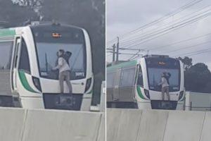 Viajou Quatro Minutos Agarrado Ao Pára-Brisas De Um Comboio a 110 km/h 10