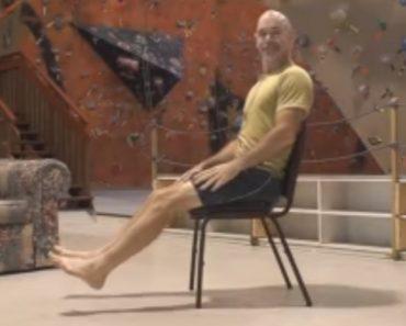 Como Passar Por Baixo De Uma Cadeira Sem Tocar Com Os Pés No Chão 3
