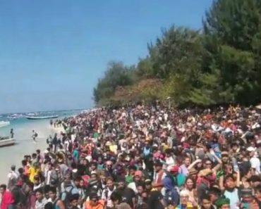 Imagens Impressionantes De Milhares De Pessoas Que Aguardam Resgate Após Terramoto 4