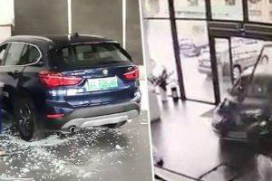 Condutora Destrói Carro Ao Invadir Stand BMW Após Confundir Os Pedais Durante Test Dirve 10