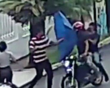 Homem Consegue Evitar Assalto Usando Um Chapéu-De-Chuva 1