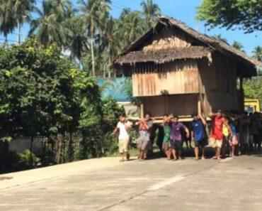 Nas Filipinas Não São Só Os Caracóis Que Levam a Casa Às Costas 1