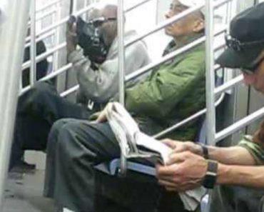 Homem Tem a Forma Mais Estranha De Engraxar Os Sapatos Durante Viagem De Metro 9