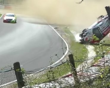 Porsche Capota Mais De 20 Vezes Ao Sofrer Violento Acidente Em Nurburgring 6
