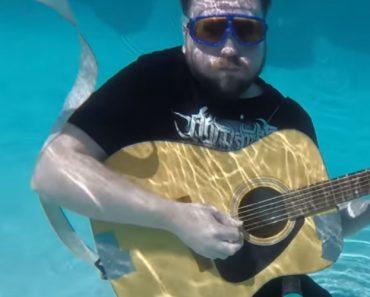 Será Que Uma Guitarra Debaixo De Água Também Produz Som? 3