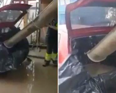 Para Conseguir Transportar Enorme Quantidade De Cimento Fresco, Homem Usa a Bagageira Do Carro 5