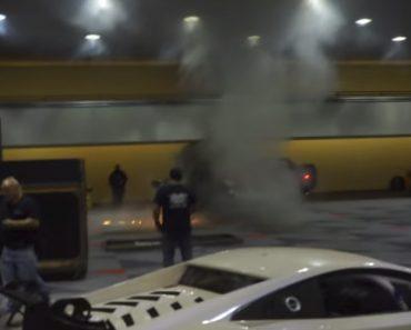 Porsche Incendeia-se Durante Evento Automóvel 1