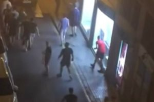 "Hooligans Ingleses Deixam Sevilha Em ""Alerta vermelho"" 9"