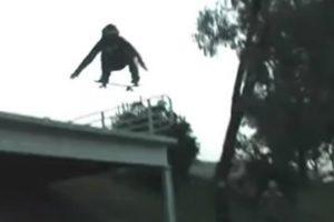 Seria Mais Um Vídeo Mostrando Um Salto Com Skate, Não Tivesse Tido Este Desfecho Bizarro 10