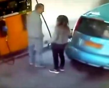 Mulher Incendeia Carro De Homem Em Posto De Combustível Que Recusou Dar-lhe Um Cigarro 8
