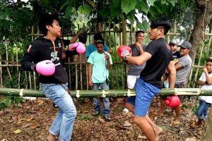 Jovens Criam Versão De Boxe Muito Diferente Do Que Estamos Habituados a Ver 10