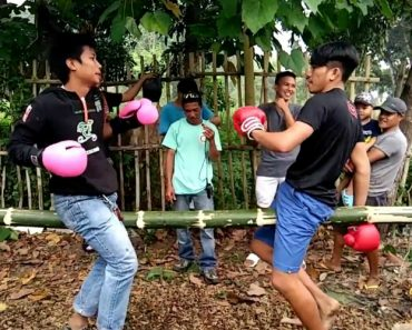 Jovens Criam Versão De Boxe Muito Diferente Do Que Estamos Habituados a Ver 6