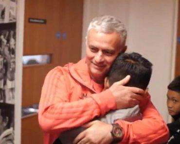 Três Meses Depois De Serem Resgatados Duma Caverna, Jovens Tailandeses Conheceram Mourinho 5