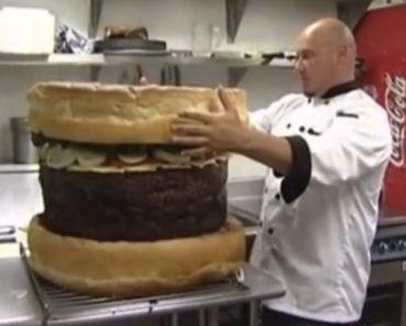 Veja Como é Preparado Um Hambúrguer Com 75 Kg 1