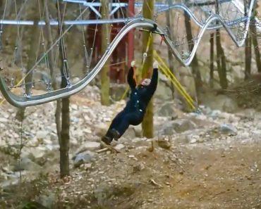 Este Parque Combinou a Montanha Russa Com Slide e o Resultado é Alucinante 4