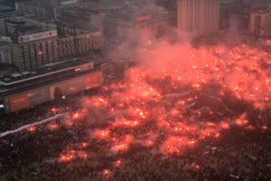 Imagens Impressionantes Da Celebração De 200 000 Polacos Pelos 100 Anos De Independência Do País 9