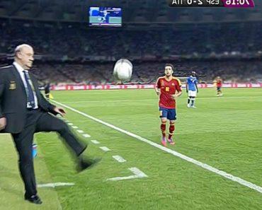 Quando Treinadores Mostram As Suas Habilidades e Técnicas Durante Os Jogos De Futebol 3