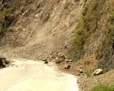 Motorista e Passageiros Vivem Momentos De Pânico Quando Terra Desaba Na Estrada Em Que Seguiam 5