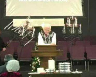Momento De Oração Em Igreja é Interrompido Por Crente Desastrado 1