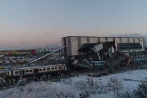 Imagens Mostram Impacto De Acidente De Comboio Na Turquia 9