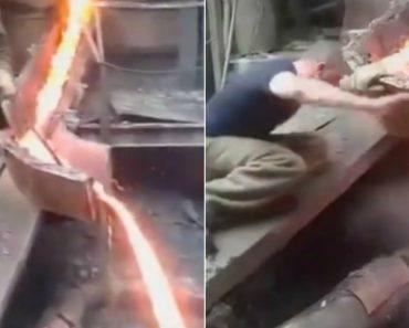 Operário Coloca Mãos Em Metal Fundido Sem Luvas 3