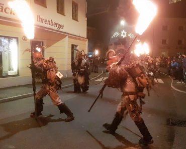 Na Áustria, As Festas De Natal São Muito Diferentes Das Festas Que Conhecemos 2