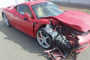 Homem Destrói Ferrari 458 Italia Quando Tentava Impressionar Uma Mulher 10
