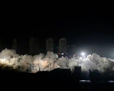 Incrível Demolição De 19 Edifícios Em Apenas 15 Segundos 7