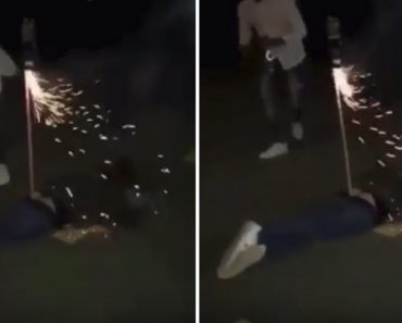 Fogo-de-artifício Nas Nádegas, o Que Poderia Correr Mal? 2