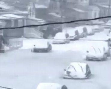 Vídeo Mostra Rua Em Boston Completamente Congelada Após Inundação e Queda De Neve 1