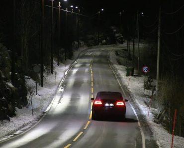 Estas Luzes Da Estrada Na Noruega Adaptam o Seu Brilho De Acordo Com o Tráfego 8