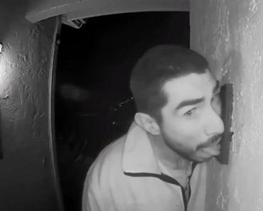 Polícia Procura Homem Que Passa Horas a Lamber Campainha Da Casa De Estranhos 5