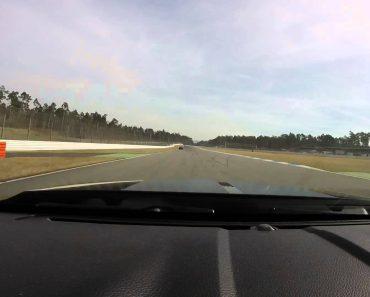 Condutor De Mustang GT500 Fica Sem Travões Mas Soluciona o Problema De Forma Exemplar 4