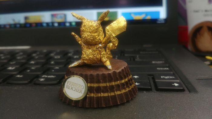 Artista Cria Esculturas Fantásticas Com o Papel Dos Chocolates Ferrero Rocher 4