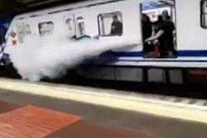 Maquinista De Metro Usa Extintor Para Expulsar Jovens Que Faziam Grafites Numa Carruagem 29