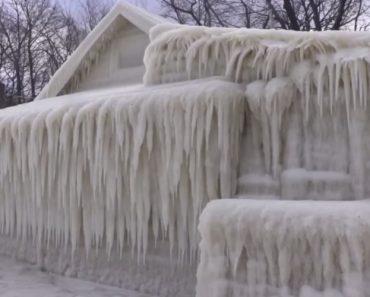 Onda De Frio Extrema Deixa Casa Totalmente Congelada 3