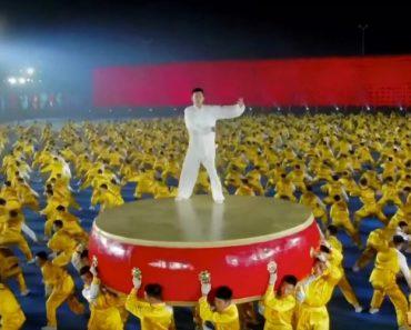 Fantástica Coreografia Realizada por 20 000 Praticantes De Artes Marciais No Spring Festival 2019 7