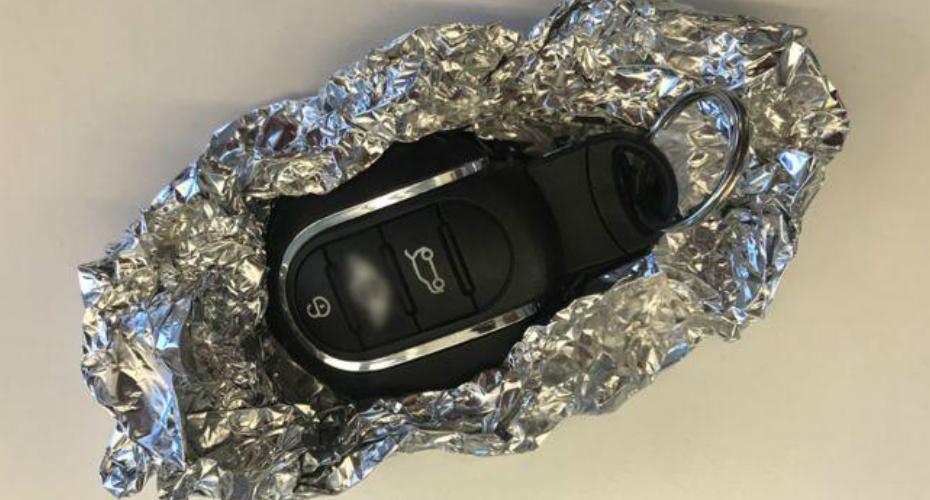 É Por Isto Que Deve Embrulhar As Chaves Do Carro Em Papel De Alumínio 1