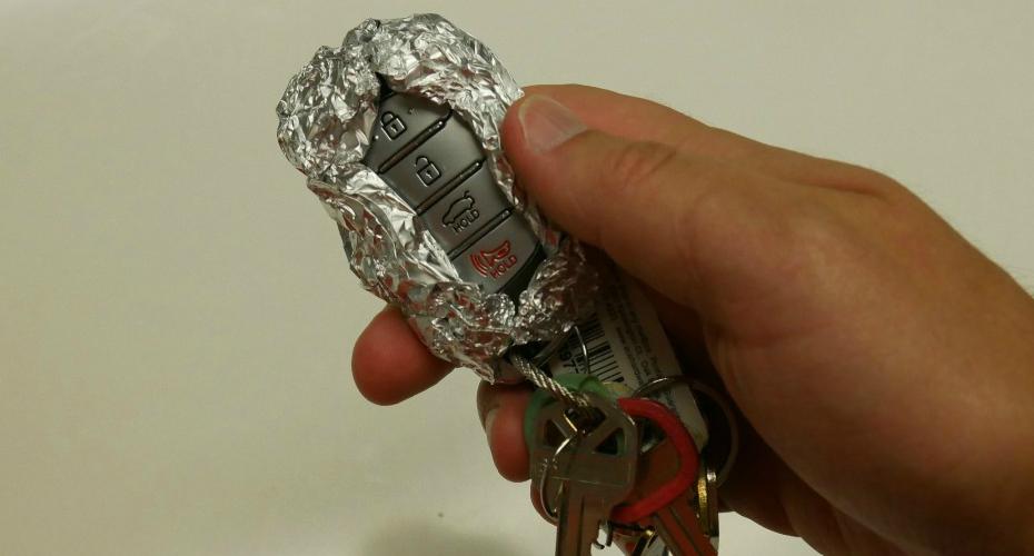 É Por Isto Que Deve Embrulhar As Chaves Do Carro Em Papel De Alumínio 3